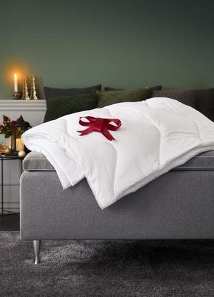Односпальное одеяло 135х200см , теплое