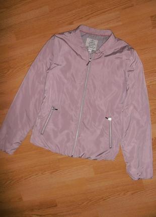 Стильная демисезонная курточка нюдового цвета tom tailor