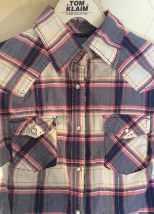 Очень красивая рубашка в клетку акция! две вещи берёте - третья в подарок!!!
