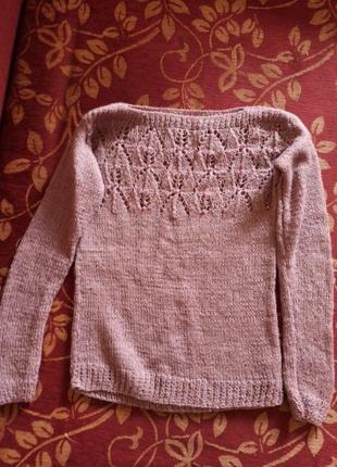 Лиловый свитер