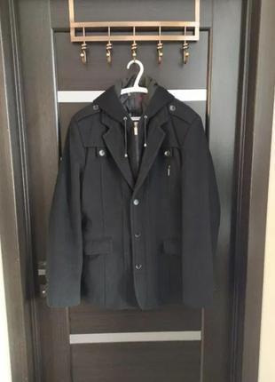 Пальто мужское с капюшоном