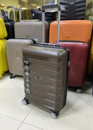 Кофейный чемодан ручная кладь польша wings