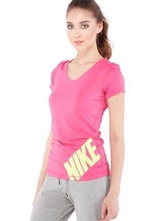 Спортивная футболка nike pro ярко-розовая