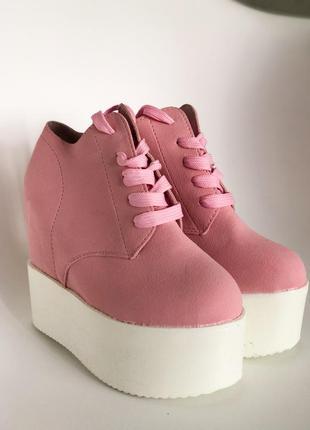 Скидка!! розовые ботиночки 36 размер