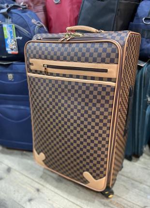 Большой чемодан на 100-110 литров