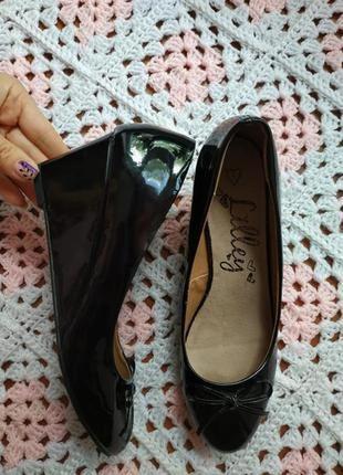 Новые женские удобные туфли# новые женские лаковые туфли # lilley