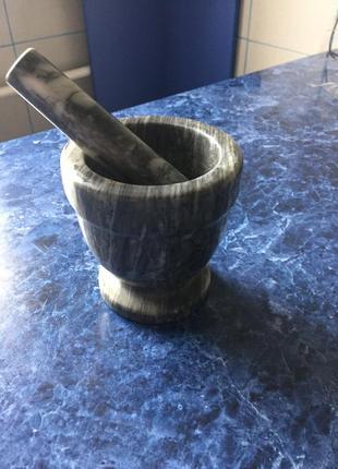 Мраморная ступка с пестиком