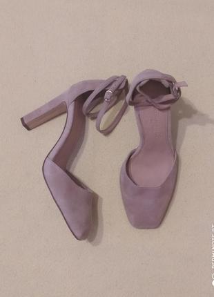 Трендовые открытые туфли от next