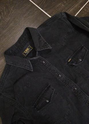 Чёрная джинсовая рубашка