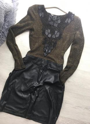 Кожаное вязаное платье по фигуре