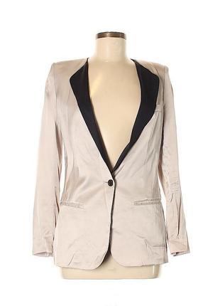 Бежевый жакет, пудровый, кремовый, нюдовый , шелковый пиджак с черным воротником h&m
