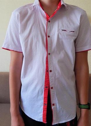 Крутая модная рубашка с коротким рукавом