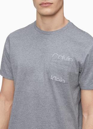 Футболка calvin klein оригинал со светоотражающим логотипом, m, l