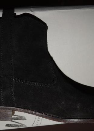 Новые ботинки, натуральная замша