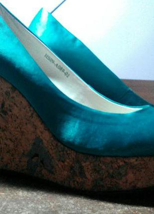 Суперські атласні туфлі
