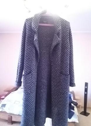 Пальто вязане