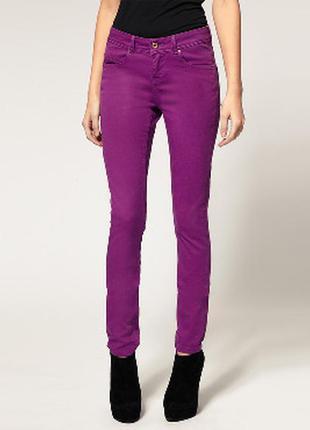 Сиреневые джинсы прямого/слим силуэта, р.м (28 джинсовый)