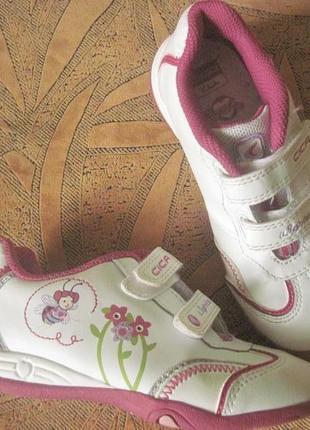 Нарядные, брендовые туфли 28р. clarks