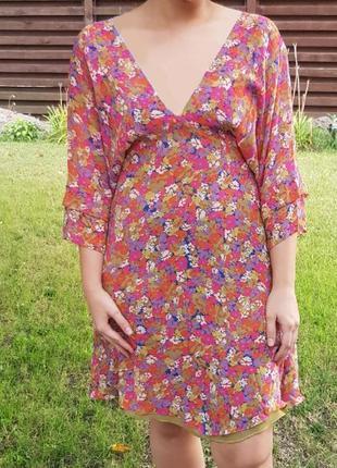 Красивое шелковое (шёлк) платье