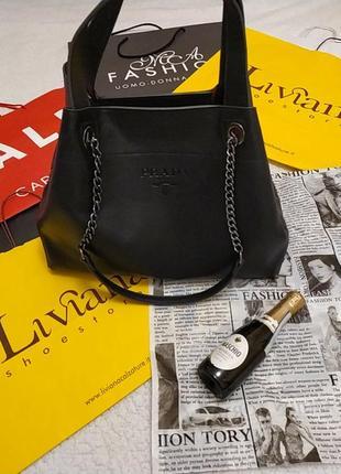 Стильная сумка-шопер, италия