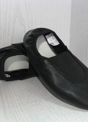 Чешки кожаные детские черные с резинкой по заднику с 26р.-32р