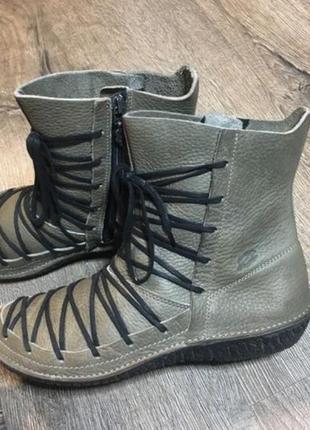 Деми ботинки натуральная кожа 39р
