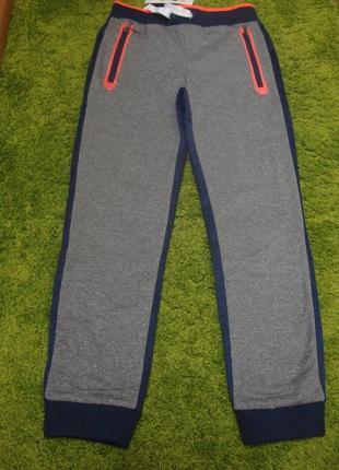 Красивые стильные утепленные спортивные штаны cool club 10 лет