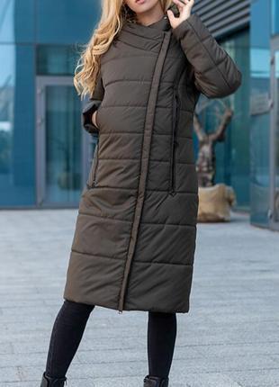 Практичное стеганое пальто куртка на холодную осень,есть съемный капюшон