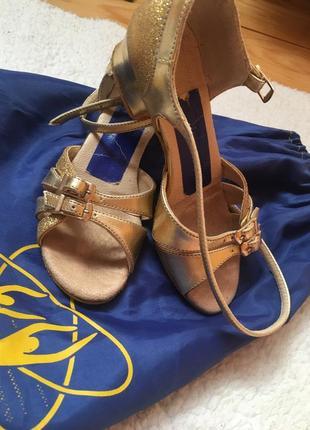 Туфлі для танців, туфли для танцев