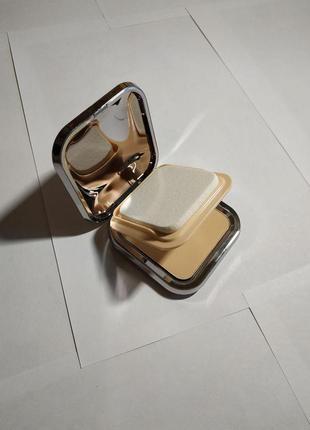 Компактная пудра kiko milano skin tone powder foundation 04