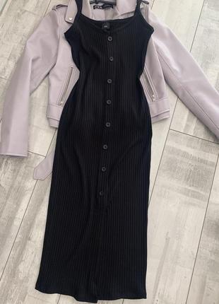 Чёрное платье миди лапша в рубчик