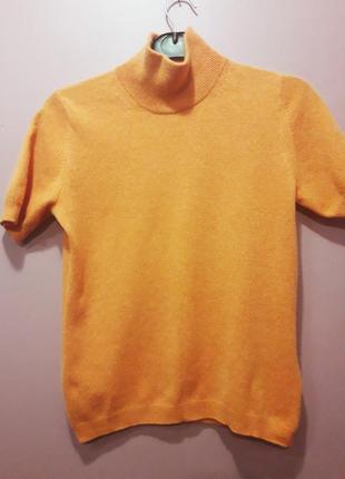 Кашемировый свитерок оранжевого цвета