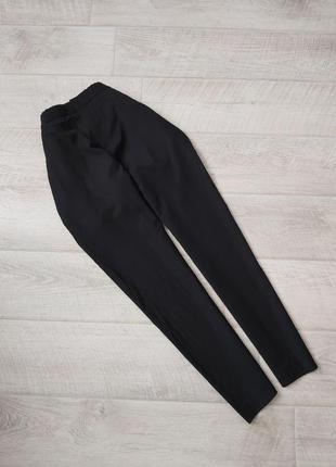 Чёрные шерстяные брюки прямого кроя cos высокая посадка