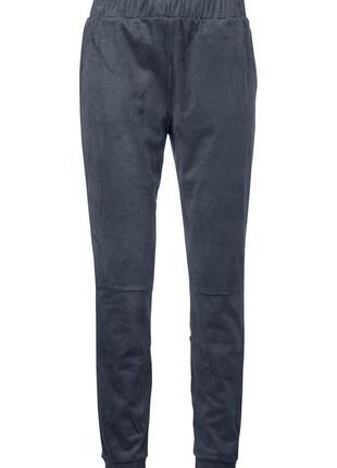 Черные брюки под замшу размеры 36, 40