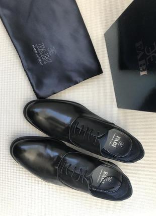 Туфли 41,5 розмір fabi