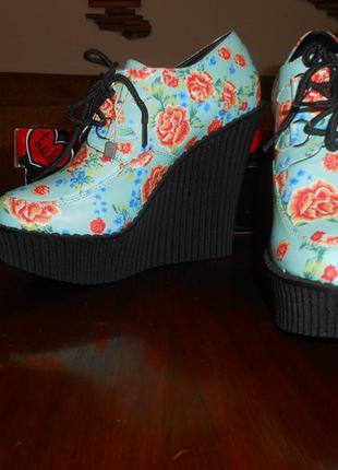 Туфли ботинки на платформе с цветами сша