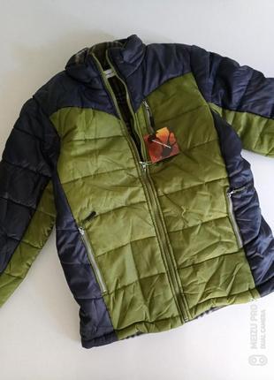 Демисезонная спортивная куртка на синтепоне.хл-л, 350грн
