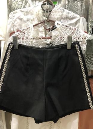 Классические шорты, с боку принт из жемчуга