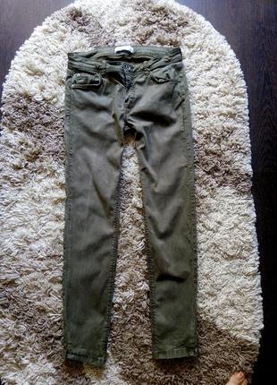 Стильні стрейчеві джинси