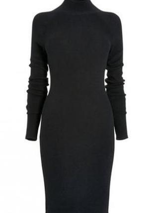 Черное платье гольф