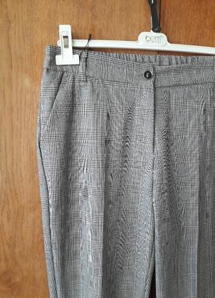 Нарядные офисные брюки штаны со стрелками в клетку