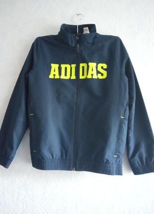 Куртка спортивная,ветровка