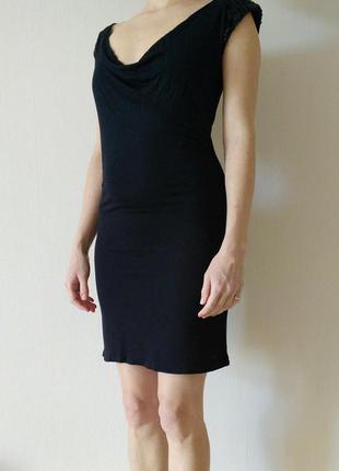 Легкое платье мини с пайетками