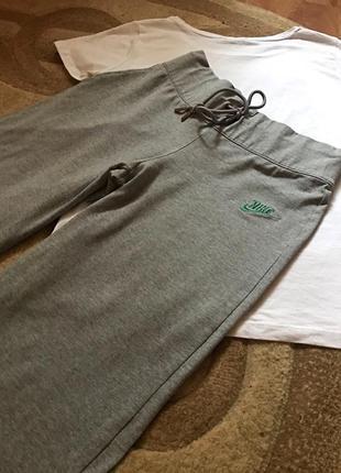 Спортивные штаны от nike