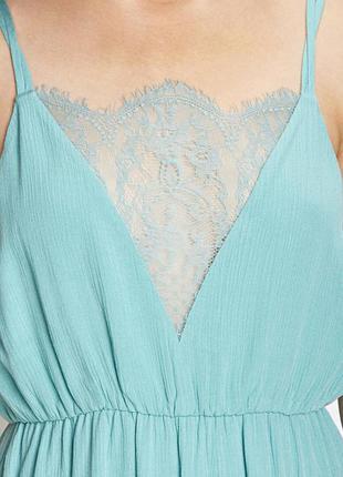 Шикарное платье миди в бельевом стиле с кружевом