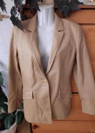 Кожаный жакет-куртка в идеальном состоянии