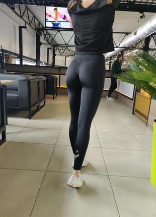 Спортивные чёрные лосины. женские лосины.
