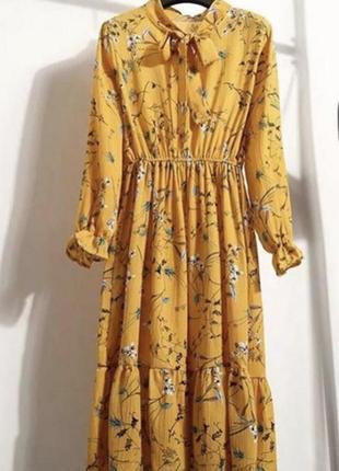 Новое платье длины миди  с,м