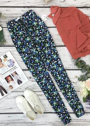 Стильные брюки-скинни с ярким цветочным принтом  pn1832081  lft by zara