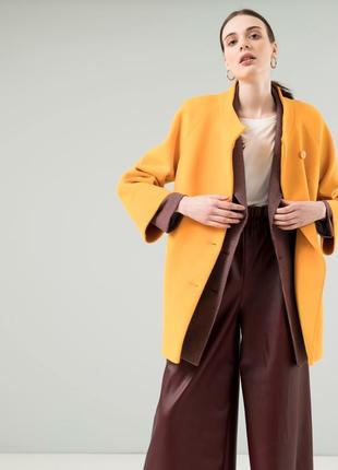 Шерстяное короткое пальто беатрис season желтого цвета